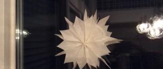 Stern aus Butterbrotpapier